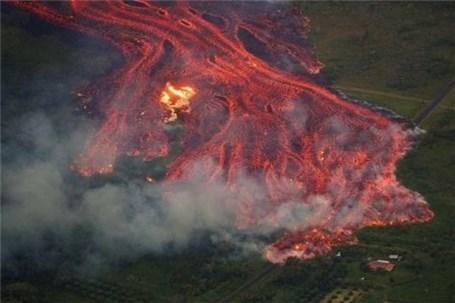 تهدید جدیِ پرتاب مواد مذاب از آتشفشان هاوایی
