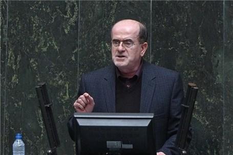ورود سالانه ۵ میلیون گردشگر به ایران کذب است