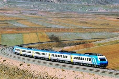 عرضه بلیت قطارهای نیمه دوم تابستان از فردا آغاز میشود